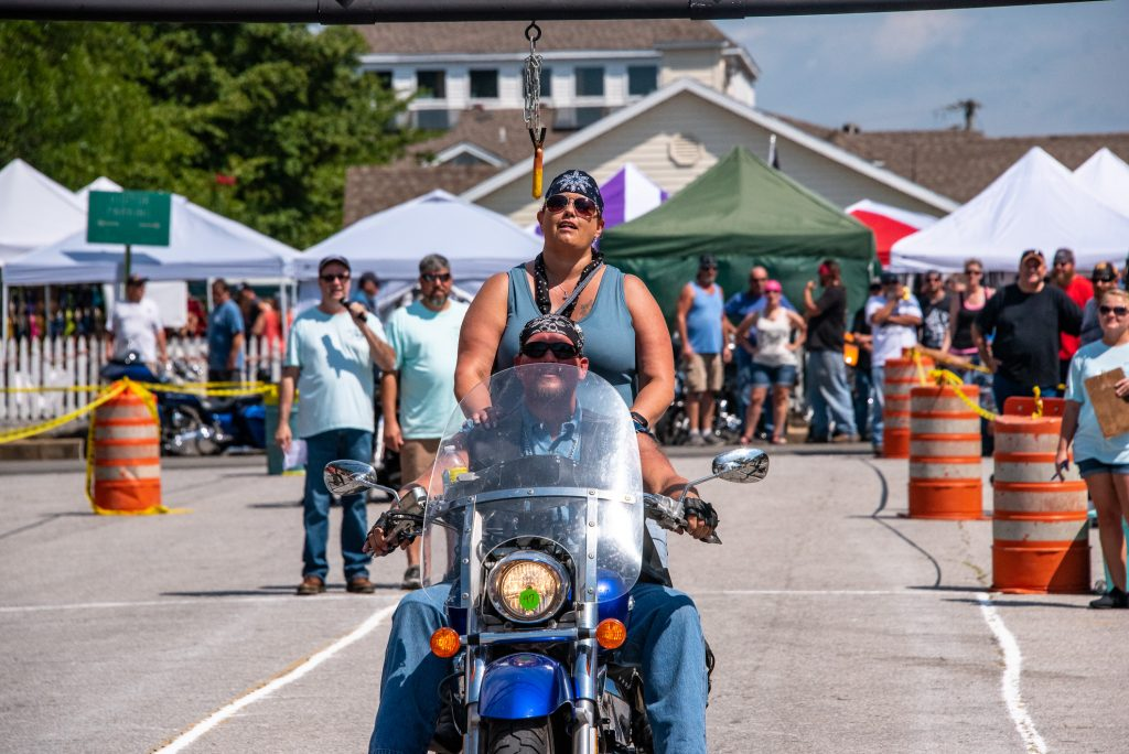 Mountains-Music-Motorcycles-2019-hot-dog-challenge